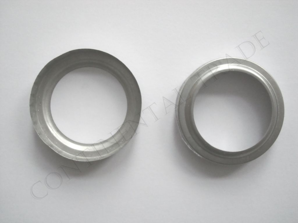 Clip ring (element of high presure gauge port)  - top and back view.
